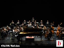 wu_mu-ye-et-l-orchestre_mozart_interprete_un_passage_de_la_lecture_du_dante