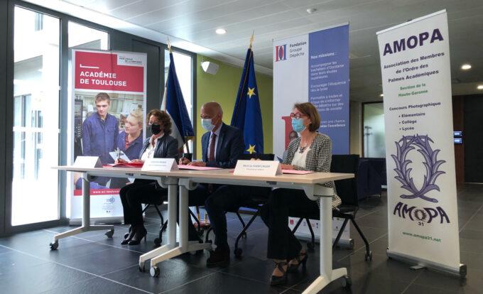 Signature Convention AMOPA © Fondation Groupe Dépêche